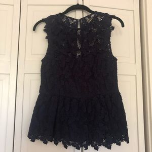 Lilly Pulitzer lace peplum tip size 2